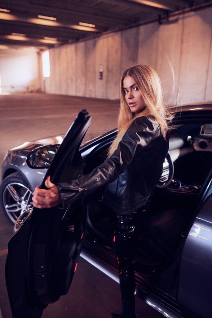 Camilla Frederrike X Mercedes Benz